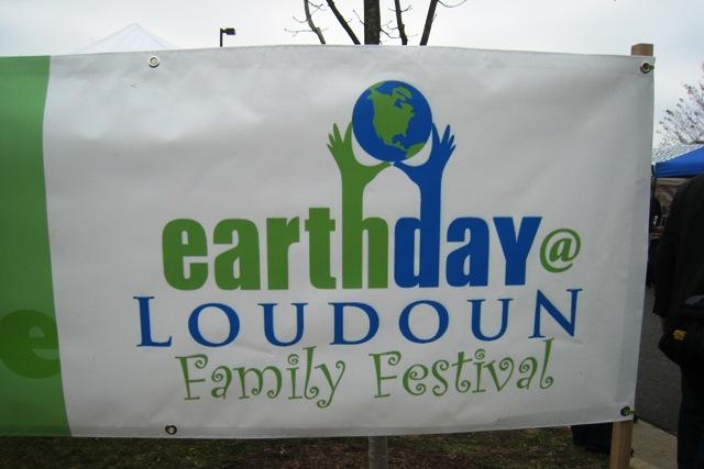 2011 04 - Earth Day Loudoun sign