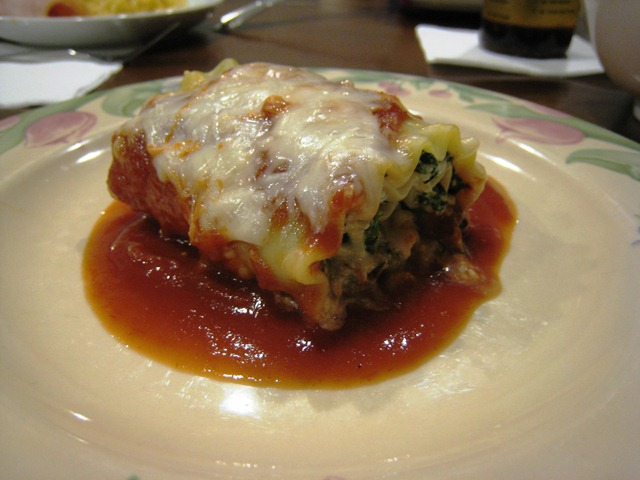 spinachlasagnarollsplated.jpg