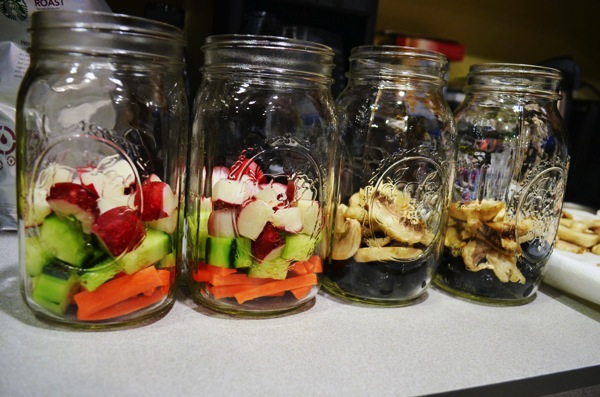 Mason-Jar-Salads-Layers-1.JPG